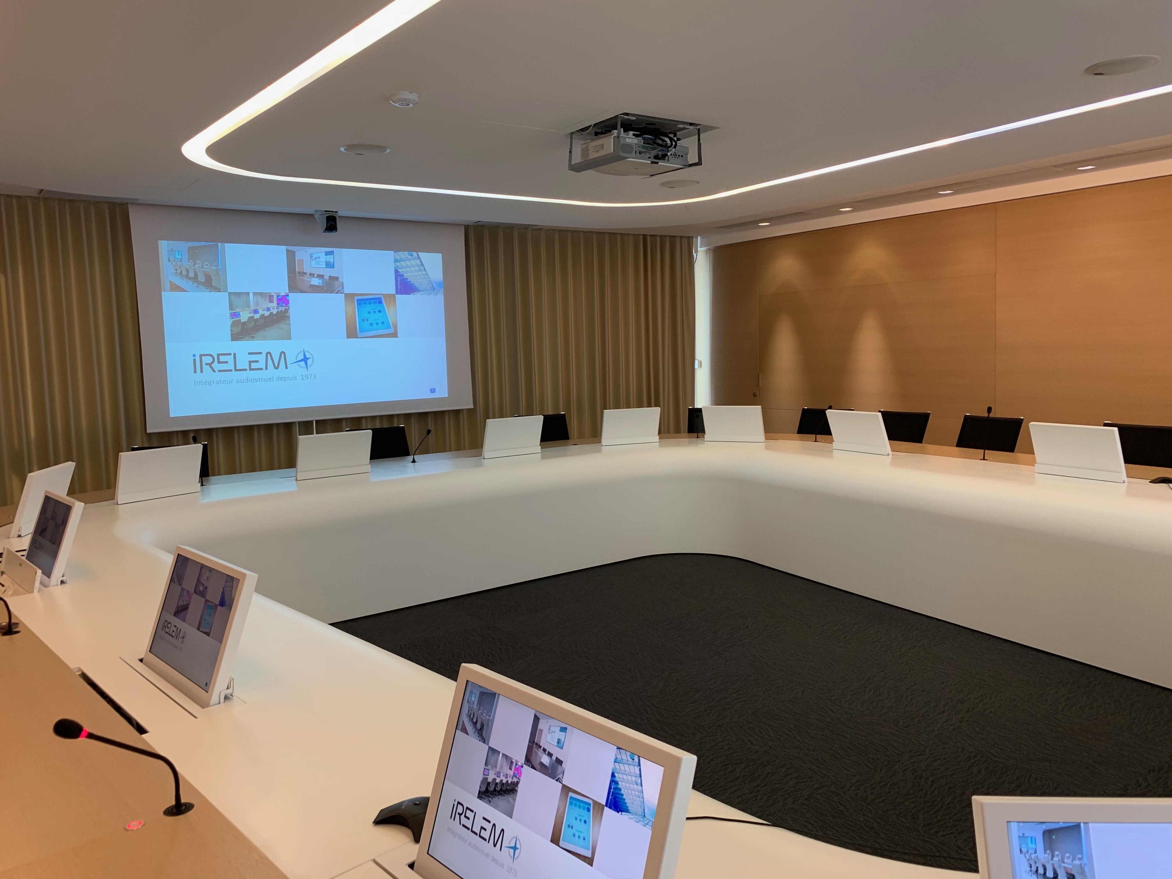 affichage dynamique salle de réunion