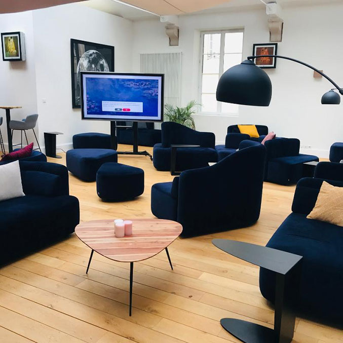 Installation audiovisuelle dans un salon
