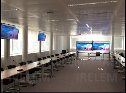 équipement salle de réunion conférence