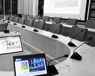 équipement audiovisuel salle conseil